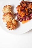 辣椒豆和土豆薄烤饼 免版税库存图片