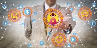 辨认网络抢劫攻击的商人 免版税图库摄影