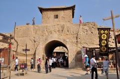 对古老堡垒的入口 库存图片