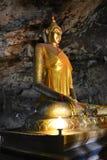 边菩萨雕象泰国 免版税图库摄影