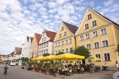 边路咖啡馆在Gunzburg,德国 免版税库存照片