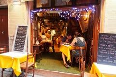 边路餐馆在尼斯,法国 免版税库存照片