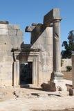 边门, Baram古老犹太教堂,以色列 免版税库存图片