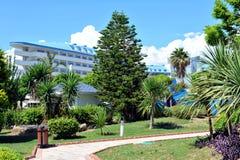 边,土耳其- 2014年4月16日:豪华五星边的旅馆水晶海军上将Resort 是一个普遍的旅游目的地 免版税图库摄影