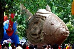 达卡大学Charukala学院做的雕塑孟加拉国新年1422庆祝的 免版税库存照片