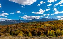达拉斯分界秋天颜色-科罗拉多 免版税库存照片