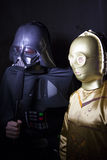 达斯・维达采访C-3PO 免版税图库摄影