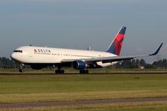 达美航空波音767 图库摄影