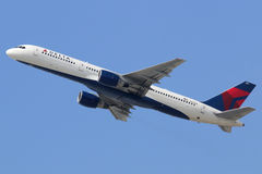达美航空波音757-200 库存图片