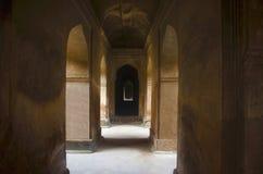 达蒂亚宫殿内部看法  亦称Bir辛哈宫殿或Bir辛哈Dev宫殿 达蒂亚 中央邦 免版税库存图片