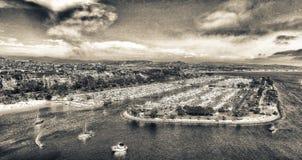 达讷论点口岸和小船,鸟瞰图-加利福尼亚 免版税图库摄影