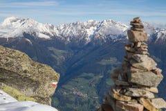 迁徙在阿尔卑斯 免版税库存照片