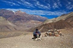 迁徙在Annapurna地区,尼泊尔 免版税图库摄影