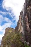 迁徙的罗赖马山 免版税库存图片