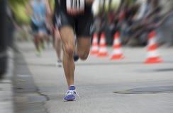 迅速移动在马拉松 免版税库存照片