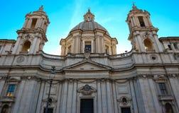 过去的圣徒Agnese是17世纪巴洛克式的教会在罗马 库存图片