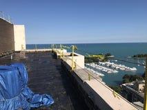 过程中光滑的修改过的屋顶平台屋顶的项目看法  库存照片