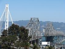 过去和未来海湾桥梁集会 库存照片