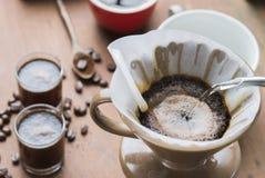 过滤器滴水咖啡 库存照片