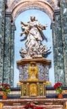 过去的教会大教堂雕象的罗马意大利圣徒Agnese 免版税图库摄影