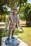 迈克尔・杰克逊这个大古铜色雕象是九工作之一在艺术的巴塞尔Bayfront公园 雕象是伊拉克人工作  库存图片