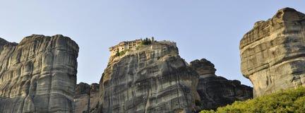 迈泰奥拉谷的岩石环境 免版税库存照片