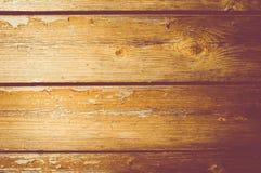 年迈的和被损坏的木表面饰板背景 免版税库存照片