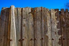 年迈的木篱芭在Sierra de Albarracin特鲁埃尔省 库存照片