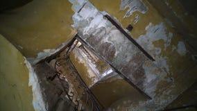 年迈的楼梯内部在老哈瓦那房子里 股票录像