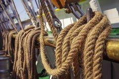 年迈的海洋绳索 免版税库存照片