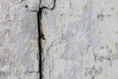 年迈的老红色白色灰色砖墙纹理被毁坏的具体水平的背景 破旧的都市杂乱Brickwall结构 石头 库存照片