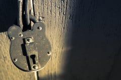 年迈的锁 库存照片