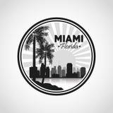 迈阿密佛罗里达设计 棕榈树和城市象 背景装饰图象风格化漩涡向量挥动 皇族释放例证