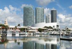 迈阿密小游艇船坞反射 免版税库存照片