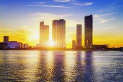 迈阿密市在夜之前 免版税库存照片