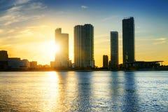 迈阿密市在夜之前 免版税库存图片