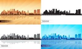 迈阿密市被设置的地平线剪影 免版税库存照片