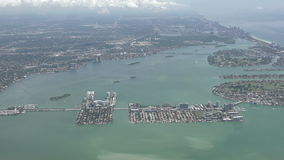 迈阿密海滩海岸线空中4K 股票视频