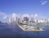 迈阿密海滩,从海湾的佛罗里达地平线  库存照片