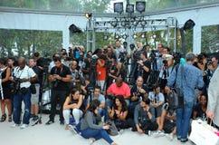 迈阿密海滩, FL - 7月21日:摄影师平台A Z阿劳霍展示 免版税库存图片