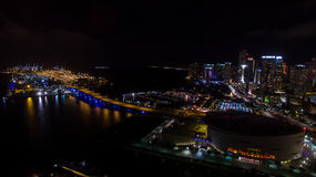 迈阿密街市夜视图 佛罗里达 美国 图库摄影