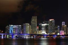 迈阿密街市夜视图 佛罗里达 美国 免版税图库摄影