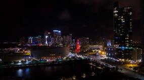 迈阿密街市夜视图 佛罗里达 美国 库存图片