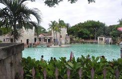 迈阿密,威严第9 :从科勒尔盖布尔斯的威尼斯式水池在从佛罗里达美国的迈阿密 免版税图库摄影