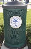 迈阿密,威严第9 :从迈阿密的垃圾篮子在佛罗里达美国 库存图片