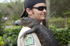 迈阿密,美国, 12/29/2013,在鳄鱼农厂鳄鱼农场的展示 免版税库存照片
