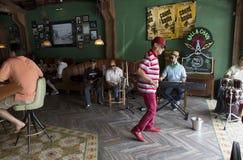 迈阿密,美国 舞蹈 古巴处所 一点哈瓦那,佛罗里达 免版税图库摄影