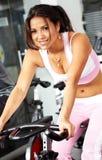 运作女孩的体操  免版税库存照片