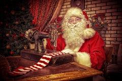 运作的圣诞老人 图库摄影