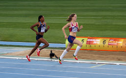 运动员在Heptathlon活动的800米中 免版税库存照片